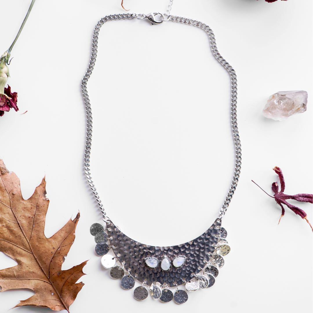 🎁 Handmade Natural Gemstone Moonstone Bib Necklace