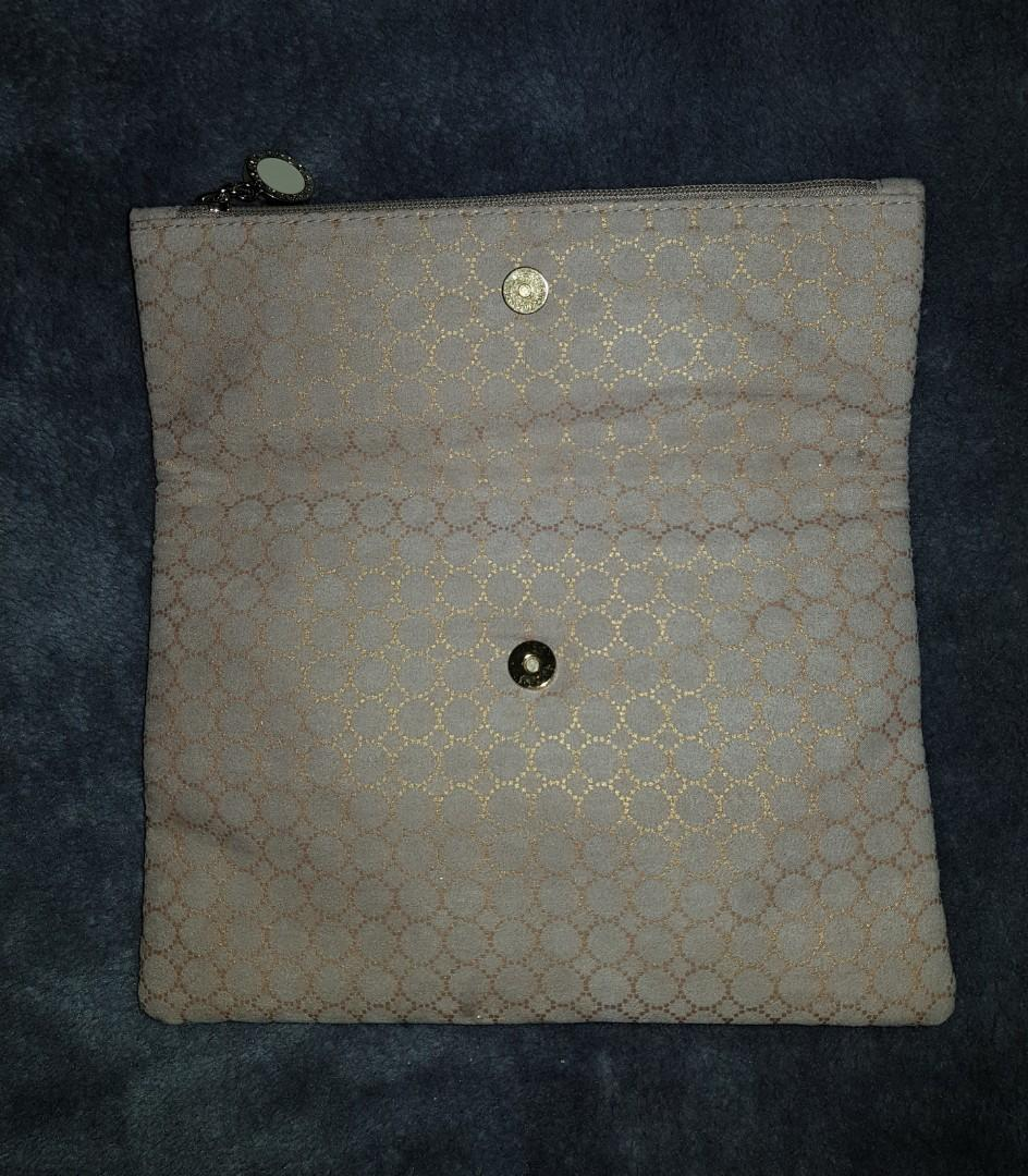 Bvlgari Parfums Emirates Beige Make up Cosmetic Bag Pouch