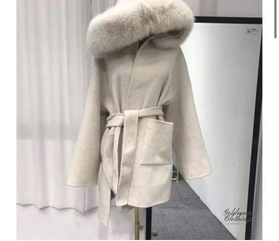 Goldman Clothing 100% Wool Coat with Authentic Fox Fur Hood