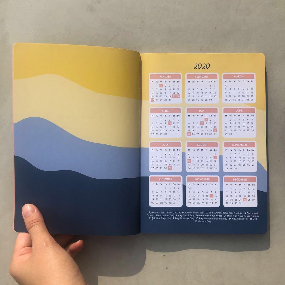 Into the Waves 2020 Planner in A5 by Helumi