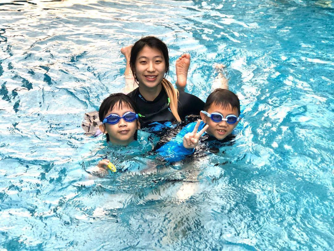 Kids/Adults Swimming Lessons Private 1-1/group (STA/Swimsafer cert) Female/Male swim coach instructors