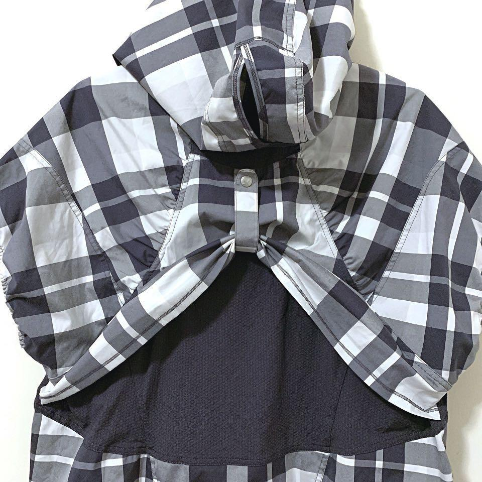 Lululemon: Run With It checker hooded jacket size 12