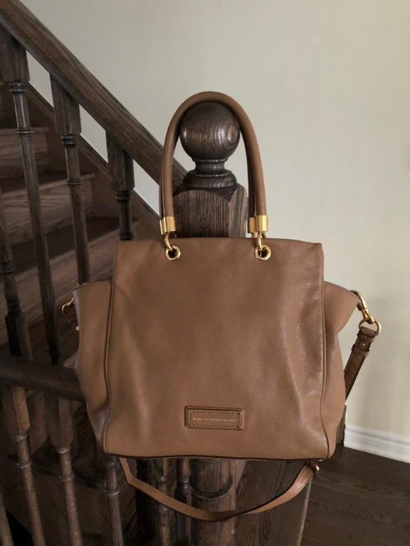 MARC BY MARC JACOBS 'Too Hot to Handle - Bentley' Leather Tote (Originally $500)