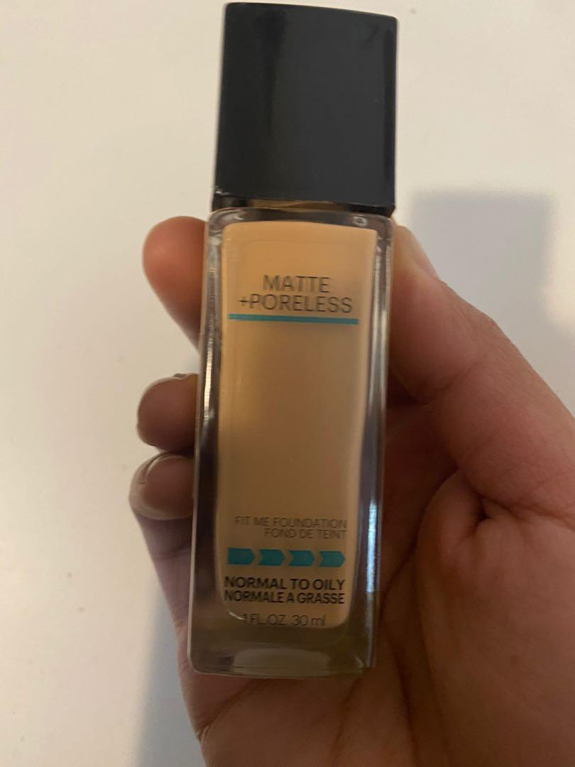 Maybelline Fit Me Matte & Poreless Mattifying Liquid Foundation - Buff Beige 130