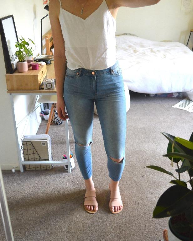 Miss Shop ripped knee high-waisted denim jeans - size 10