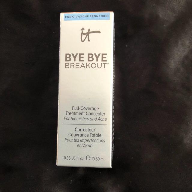 New It cosmetics bye bye breakout full coverage concealer