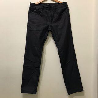 34腰Boss名牌黑灰牛仔褲(修身版型,法國帶回)
