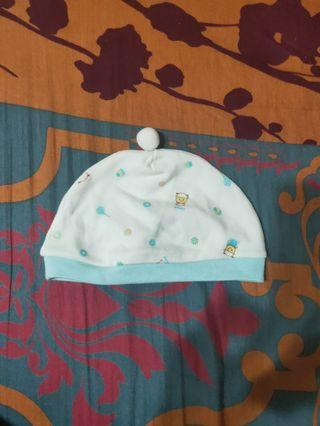2頂新生兒帽子