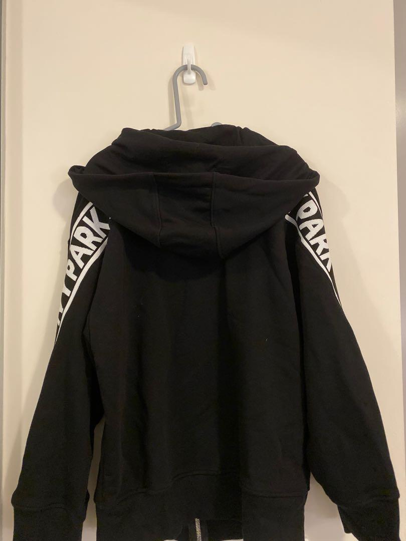 Brand New with tag!!!  $150 Ivy Park Hood now only $30!!!
