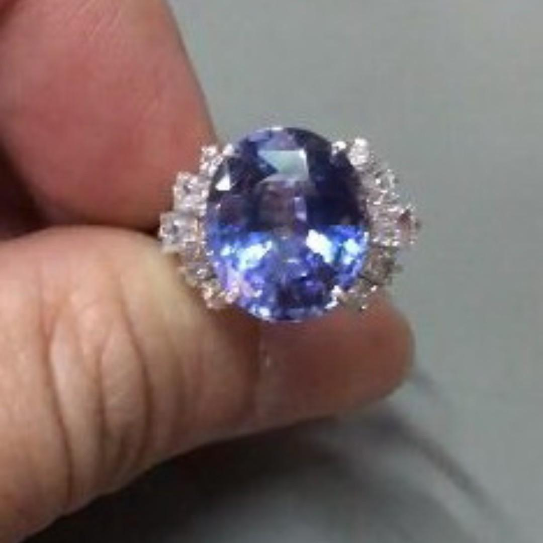 (Sold) 4Dec19 7.95cts Unheated Natural Srilankan Blue Sapphire w/Diamond on 18k WG Ring Woman. Contact me If you serious to make one like this.