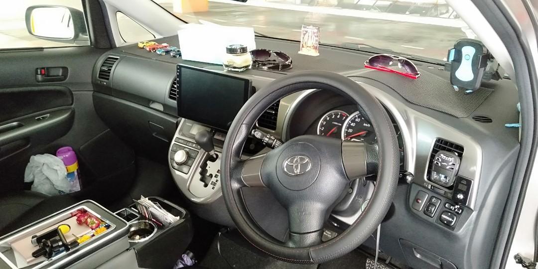 Toyota Wish 1.8 Standard Sports (A)