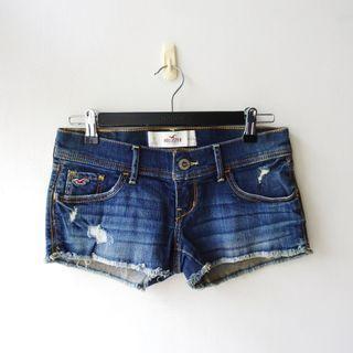 美國品牌Hollister&Co.HCO藍色單寧牛仔布料刷白刷破下襬鬚鬚合身性感短褲w24/0號