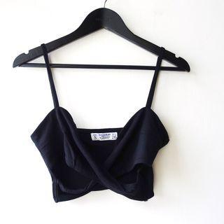 西班牙品牌PULL&BEAR黑色萊卡棉質V領細肩帶交叉造型內搭單穿背心S號