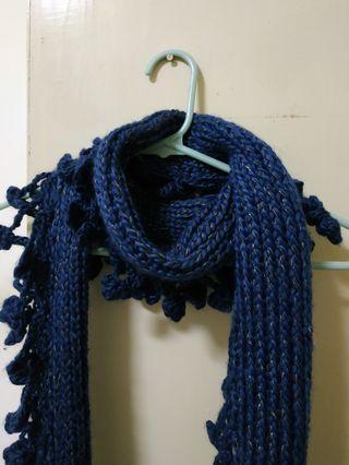靛藍色圍巾
