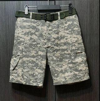 正品美軍U.S ARMY 男數位迷彩排釦腰可調休閒短褲W32
