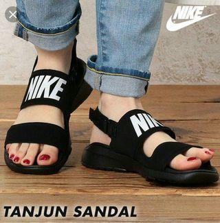 #出清2019 Nike 涼鞋