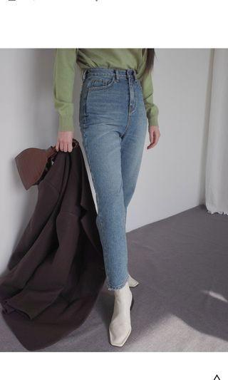 全新 stylenanda 柔和水洗色調高腰牛仔褲