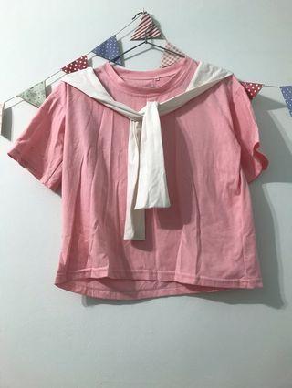 粉紅色小領巾短袖T恤