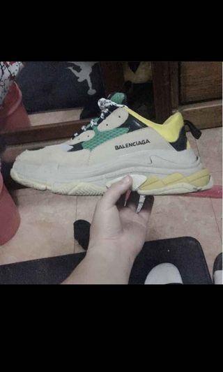 BALENCIAGA 黃綠老爹鞋