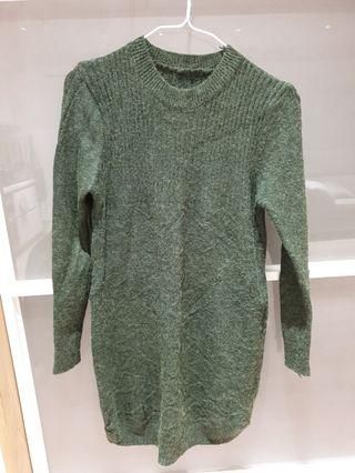 綠色針織洋裝