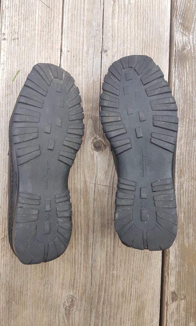SALVATORE FERRAGAMO Black Leather Loafers Size 10.5 RRP $600