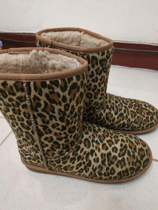 豹紋保暖靴子