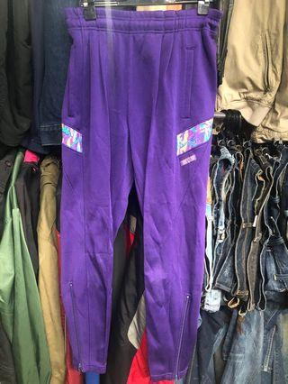 M號 9成新 Kappa 鬆緊 彈性 窄版版型 8分褲 ❤️