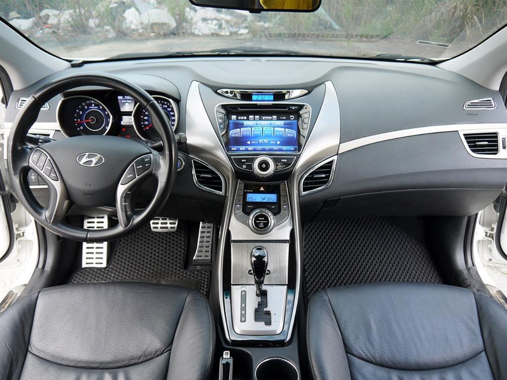 2013年 ELANTRA 1.8 旗艦版 大螢幕 免鑰匙 實車實價 全額貸款