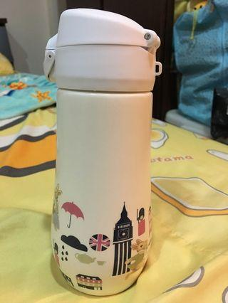 陶瓷彈蓋水瓶