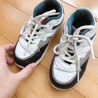 二手zara男寶鞋25號15.6公分