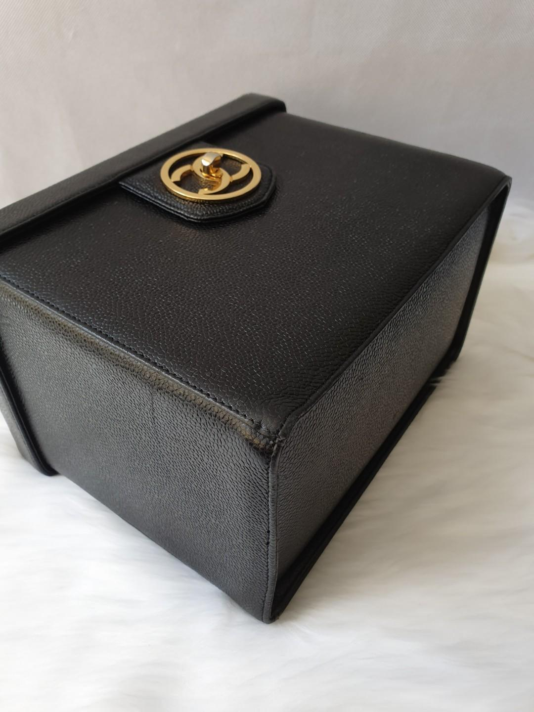 💎Rare Authentic chanel caviar vanity box black bag
