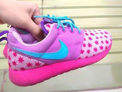 正品 Nike Roshe One 超輕量 慢跑鞋 運動鞋 耐吉