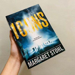 (USED) Icons by Margaret Stohl