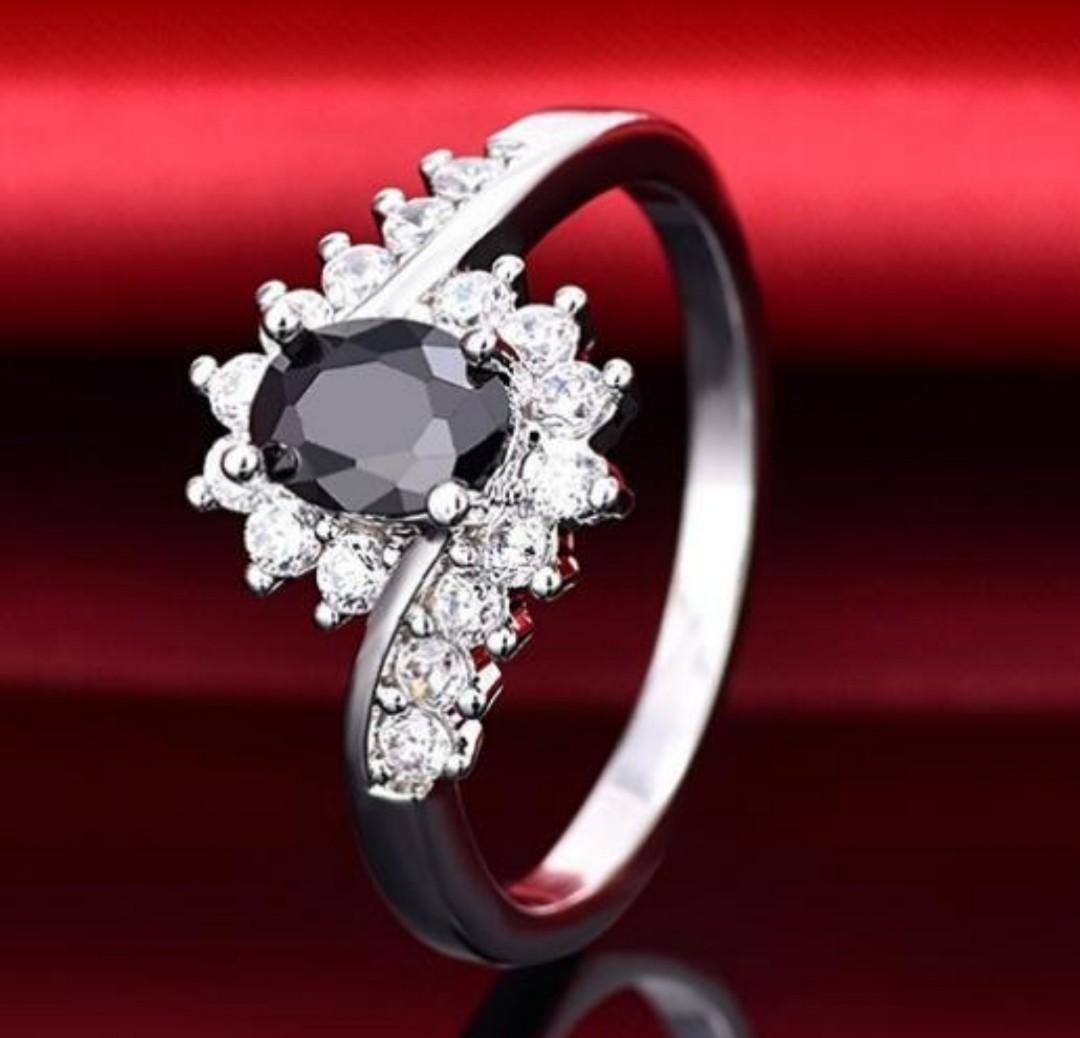 A Beautiful 925 SS Natural Black Sapphire Engagement Ring