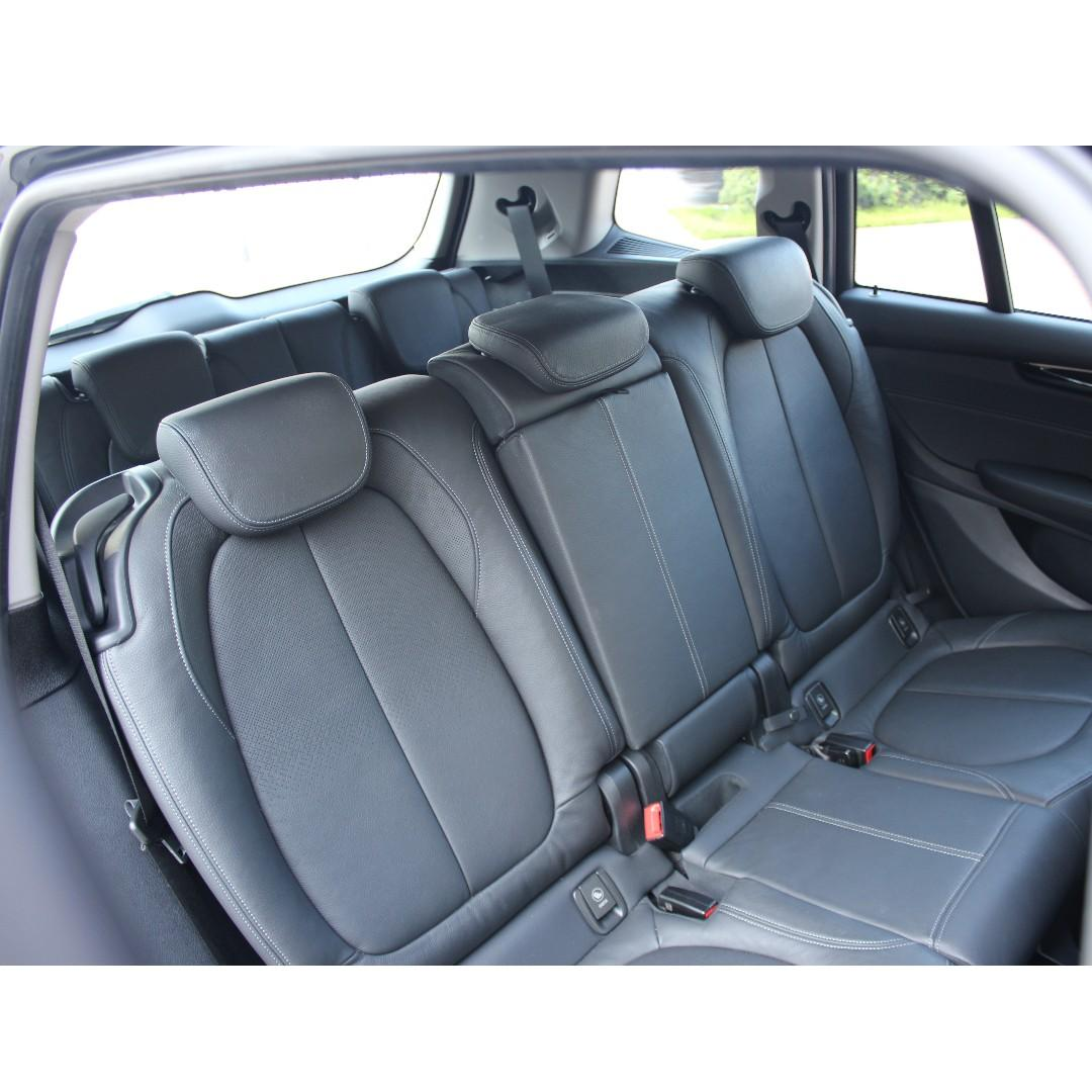 BMW 220i 2016 7 SEATS