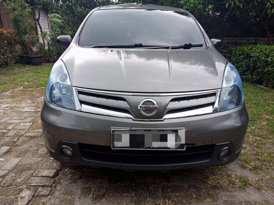 Nissan Grand Livina 2011 Matic SV plat F Kota pajak dan kaleng baru