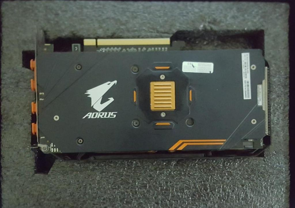 RX570 (WARRANTY + RETAIL BOX) Gigabyte Aorus RX 570 RX570 4GB