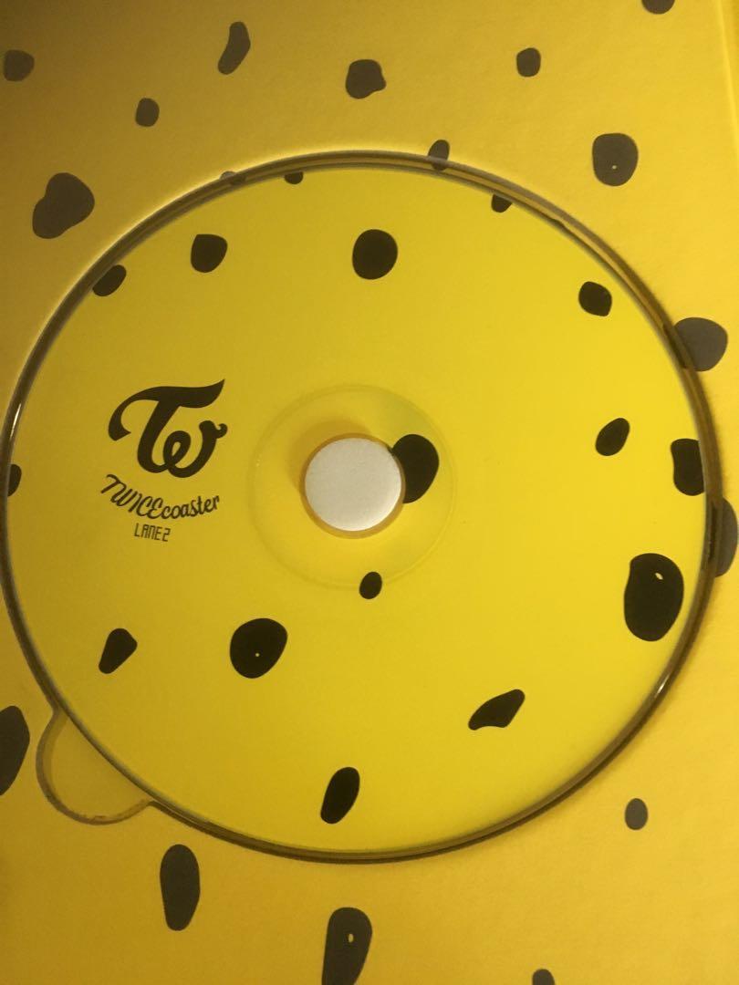 (WTS)Twice Album KnockKnock twicecoaster lane 2 yellow version
