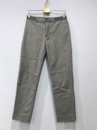 UNIQLO 褲