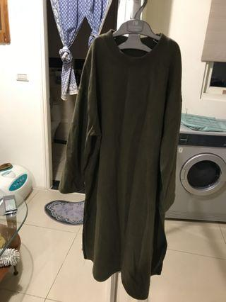 墨綠色洋裝💚💚