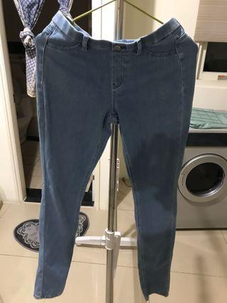 UNIQLO牛仔褲