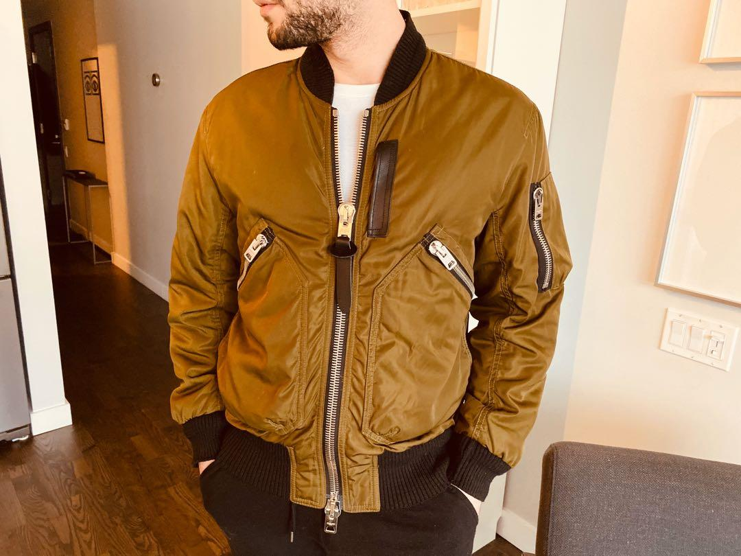 Couch warm jacket bought for $1200 USD will take 600CAD for it