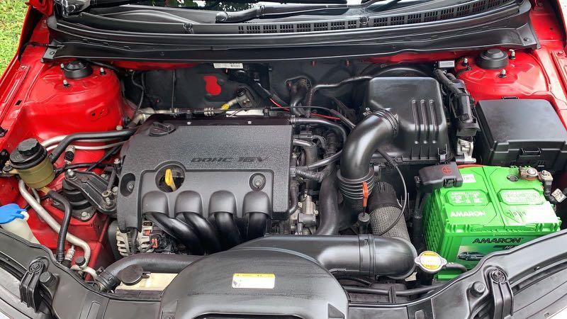 Kia Cerato Koup Cerato Forte Koup 1.6 AT SX ABS D/AB SR Auto