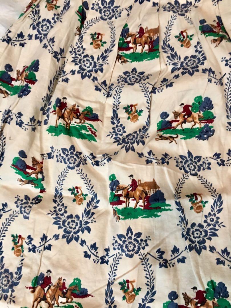 New Vintage  equestrian print midi skirt high waisted
