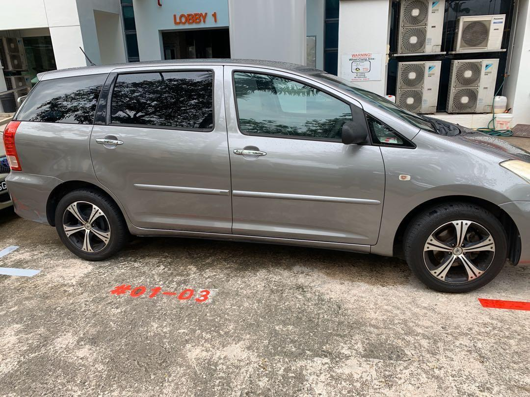 Toyota Wish 7 seaters