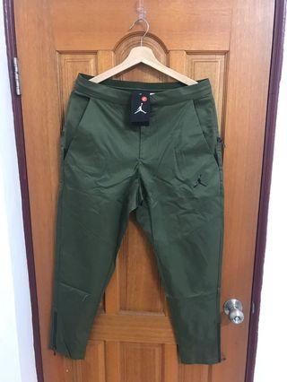 Jordan Army green jogger pants / size M / all new