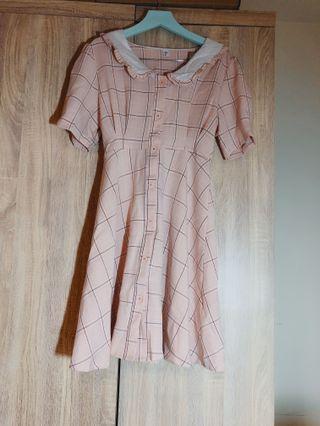 王皮香 泰國限定 甜美粉色格紋洋裝