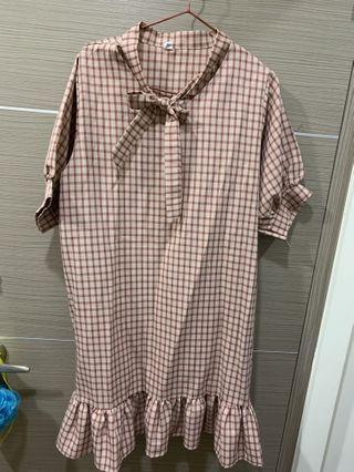 甜美粉紅格子洋裝(約會出門必備😍😍)