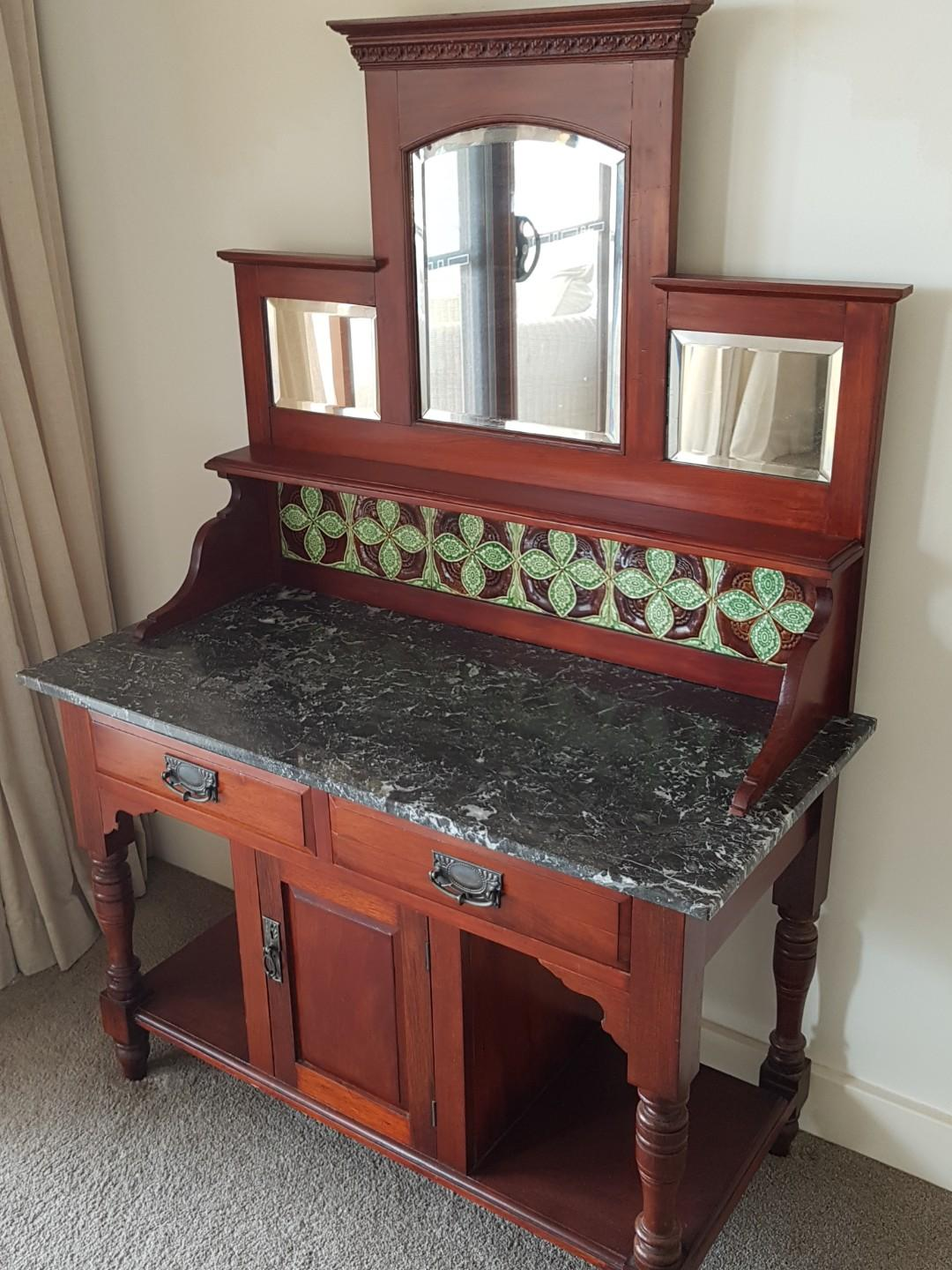 ANTIQUE WASHSTAND CIRCA 1900 WITH STUNNING GREEN MARBLE TOP & GREEN BACK TILES - REDUCED
