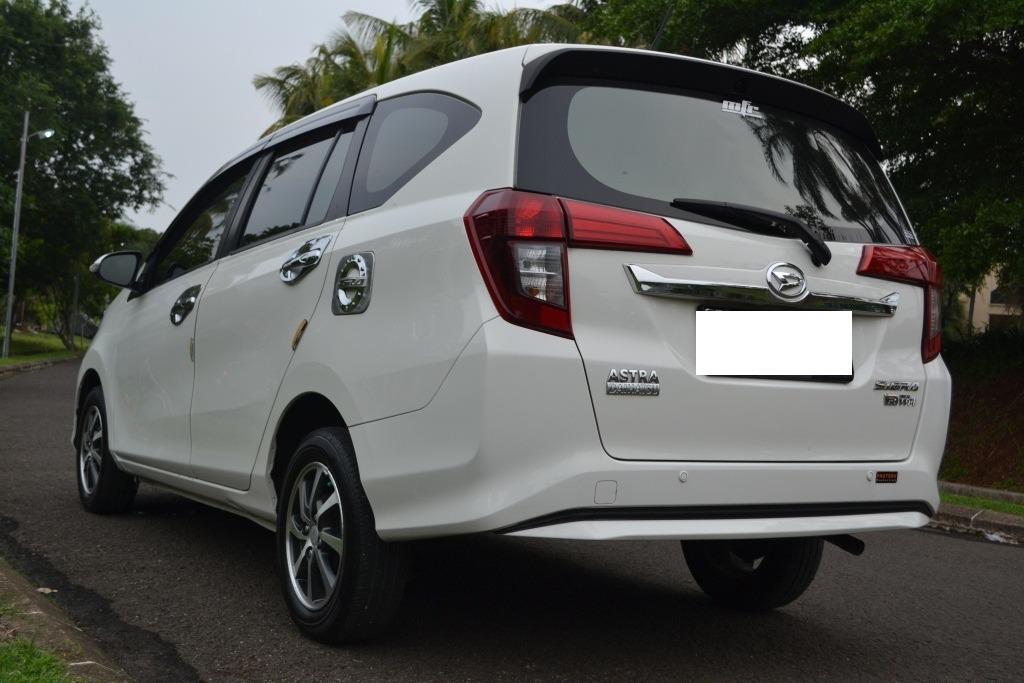 Daihatsu Sigra R Deluxe Matic 2018 Putih Full Orisinil Tdp 5 Jt